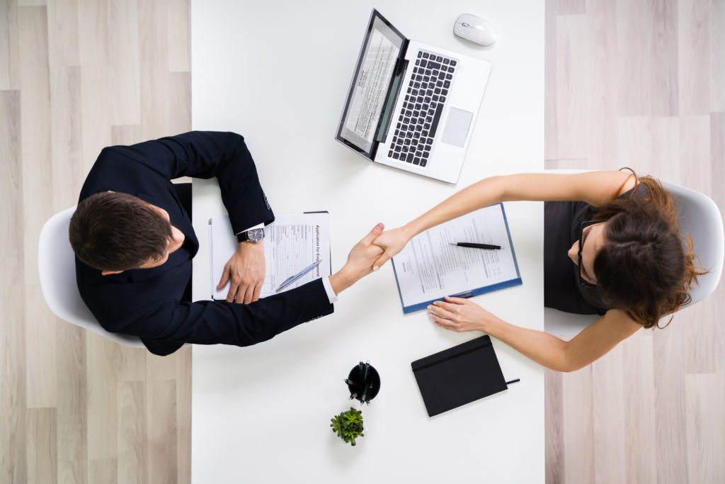 Minwise Interview bringt Bewerber und Unternehmen nach Beratung zusammen